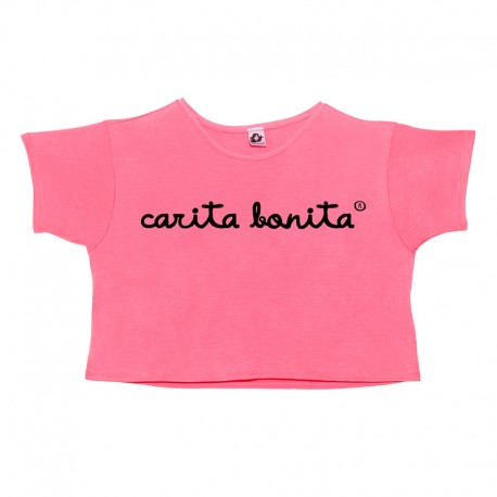 Camiseta boxy manga corta rosa flúor letras carita bonita negras